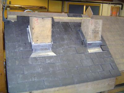 entourage de cheminee en ardoise les couvreurs 2006 2008. Black Bedroom Furniture Sets. Home Design Ideas