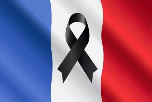 Attaques terroristes --Massacres à PARIS  13 Novembre 2015