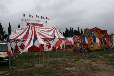 Cirque OLYMPIA vu de l'exterieur.