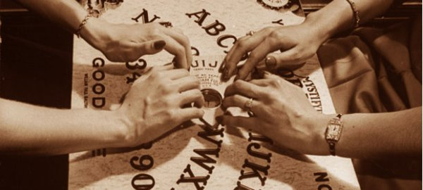 Ouija - La Mystérieuse Planche Spirite