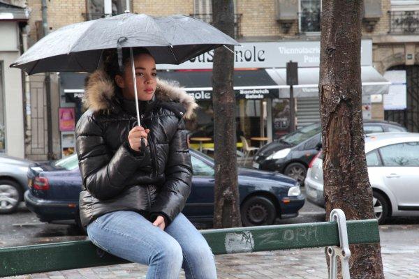 """PHOTO DE MON PROCHAIN CLIP """" AVEC LE TEMPS """"  .ıllılı. Page Facebook Officiel .ıllılı.  Profil Facebook Officiel .ıllılı.  Twitter Officiel  .ıllılı."""