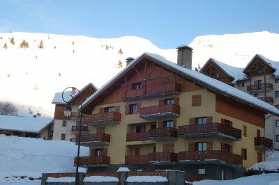 Résidence Roche Château : location saisonnière hiver séjour ski, été randonnée...