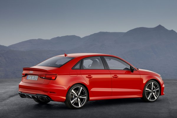 Paris 2016 : Audi RS3 Sedan