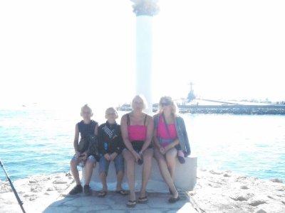 jolie famille hein avec joli soleil