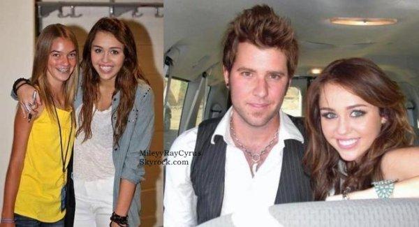 MileyyRayCyrus.skyrock.com●Voici des photos personnelles et  avec des fans de Mil'.MileyyRayCyrus.skyrock.com