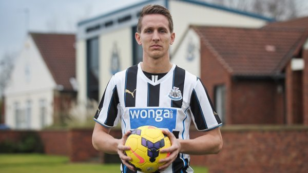 Newcastle accueille L.de Jong