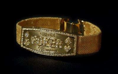 Bracelet du champion du monde poker ! <3
