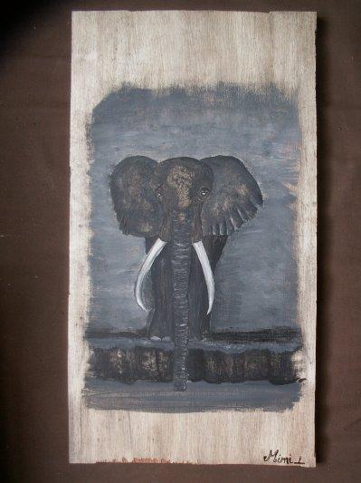 L'afrique débarque dans nos maisons: Eléphant au bord de l'eau