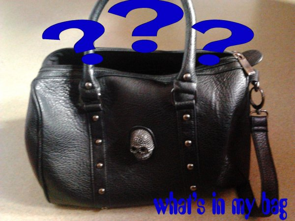 TAG : what's in my bag ???