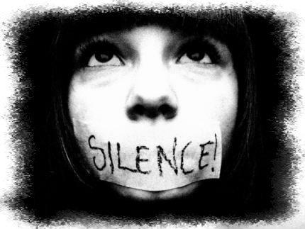 Je pensais que les mots pouvaient faire mal, à vrai dire, le silence c pire...
