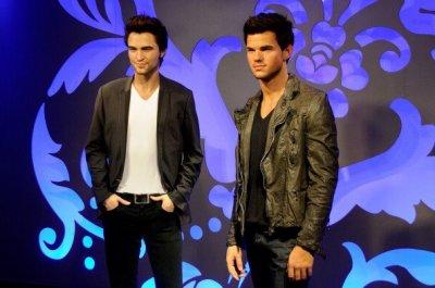 Mmd Tussaud relance le débat: Team Robert ou Taylor ?