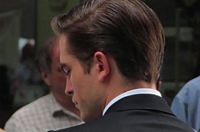 Rob talentueux dans HP & homme le mieux habillé d'Angleterre, anniversaire de Michael.S,Twilight une vraie mine d'or,Rob parle de BA dans un magazine,Jack.M qui répond aux fans,Rob est sortit avec Nikkie ! & un acteur de Twilight papa !