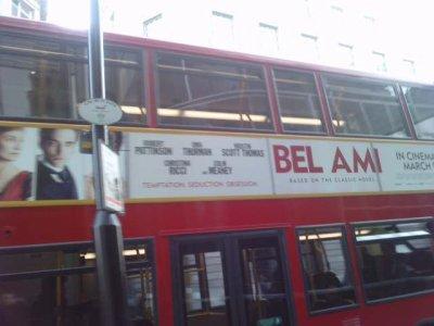 Lizzy Pattinson aime déjà 'Bel Ami'-'Bel Ami' partout au R-U + Une rumeur qui agace les fans-Il n'y a pas que les fans qui ne veulent pas voir Twilight s'arrêter...Et S.M ?!