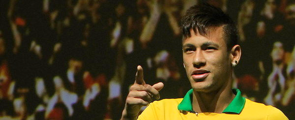 """Neymar: """"Messi est fantastique et j'espère pouvoir s'adapter à son football"""""""
