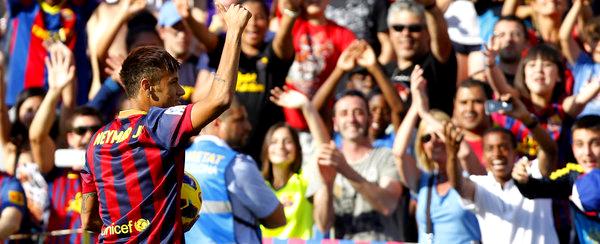 Neymar a déclenché la folie dans sa présentation au Camp Nou