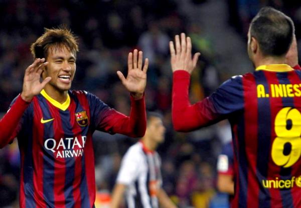 Neymar met de la magie dans le Camp Nou