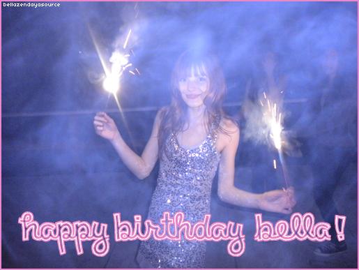 Bella, fetant son anniversaire au restaurant ce 8 octobre 2012.