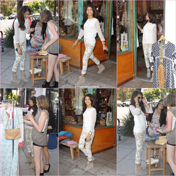 Zendaya et ces amies faisant du shopping dans les rues de Los Angeles.