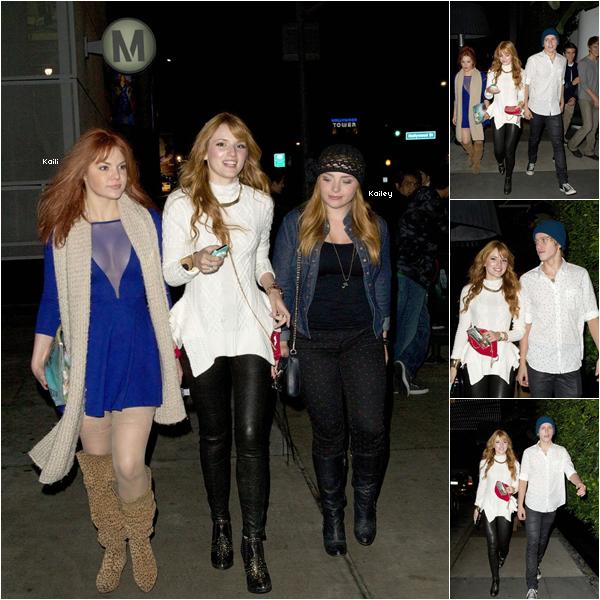 Bella, Kaili, Tristan et Kailey au concert des Jonas Brothers le 29 novembre 2012 a Hollywood.