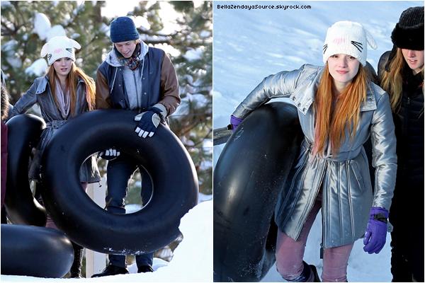 Bella et sa famille s'amusant pour des vacances d'hiver au Lac Thoe le 27 décembre 2012.