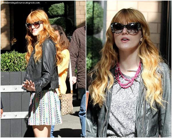 Bella s'est rendue chez Hollywood Records pour signée un contrat, le 25 mars 2013 !