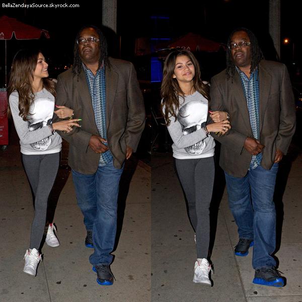 Zendaya, son père et Trevor sont allés diner au BOA SteakHouse le 13 avril 2013.