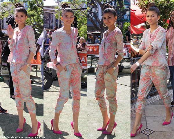 Zendaya dans les backstages de Dance With The Stars le 16 avril 2013.