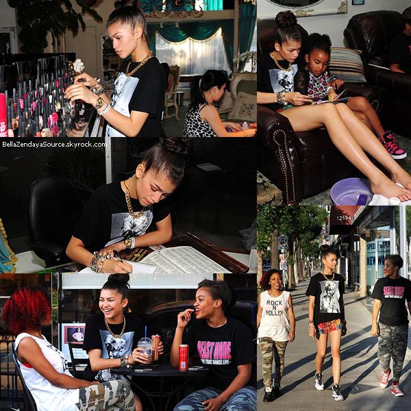 Zendaya et ses amies Deja et Dominique se rendant à un salon de manucure à L.A le 16 mai 2013.