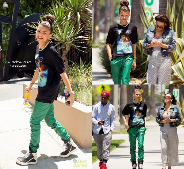 Zendaya allant à un studio à Los Angeles le 16 juin 2013.