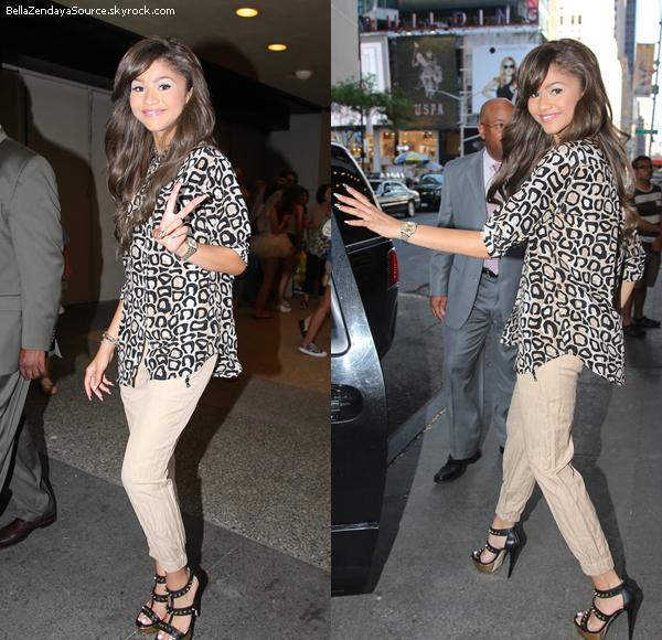Zendaya sortant des MTV Studios à New York le 18 juillet  2013.