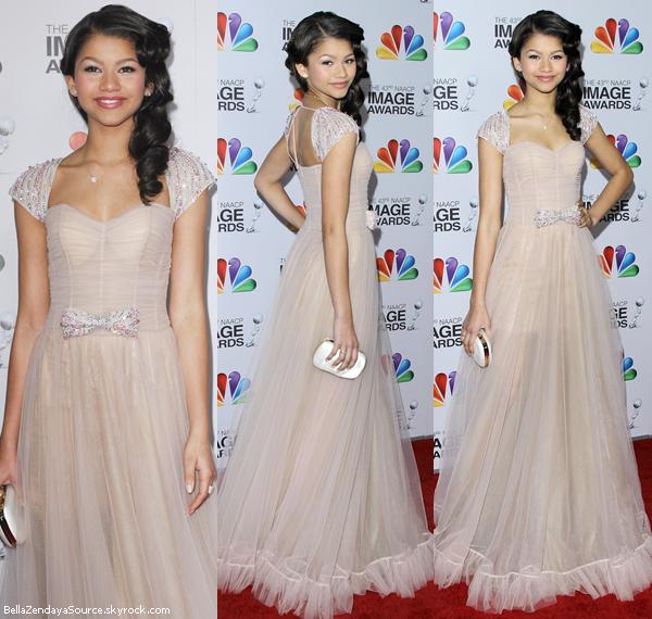Zendaya au  43ième NACP Image Awards le 17 février 2012.