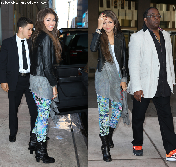 Zendaya se promenant à New York le 13 octobre 2013.