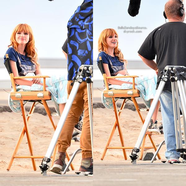 """Bella à la plage """"playa del rey"""" pour le tournage d'une publicité le 13 novembre 2013."""