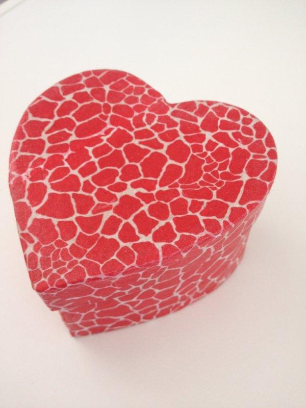 Boîte coeur en Décopatch