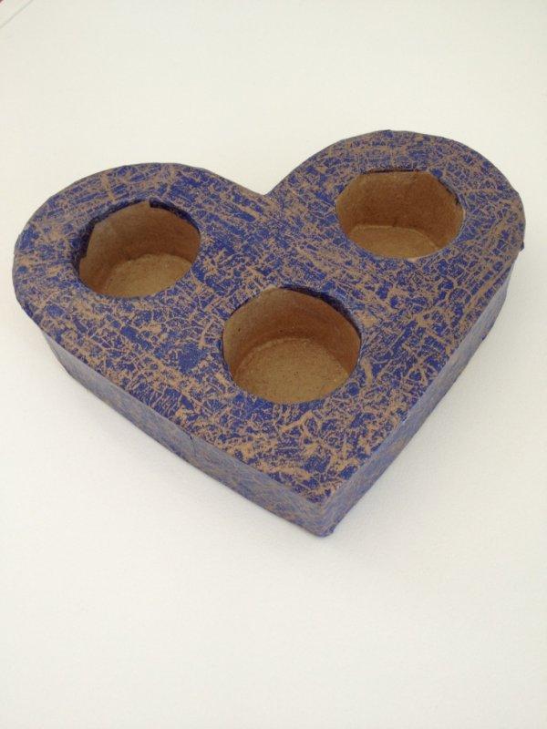 Bougeoir en coeur fait avec du papier Décopatch