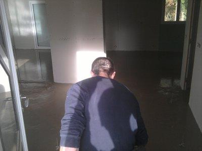 04.11.2011 : chape fluide