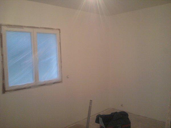 17.03.2012 : peinture fini pour la chambre