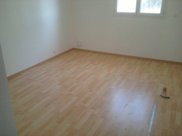 02.04.2012 : le parquet de la chambre/bureau