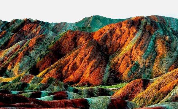 Non, votre écran n'est pas déréglé. Découvrez ces incroyables reliefs montagneux.