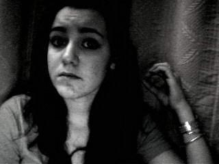 Je ne te demande pas de réussir mon amour, juste de m'aimer très fort. <Requiem for a dream>