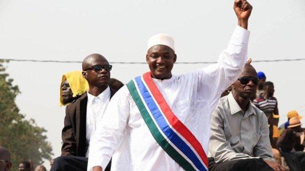 GAMBIE: Quelle honte pour l'Afrique!  L'investiture du nouveau président élu  Adama Barrow se tiendrait à Dakar