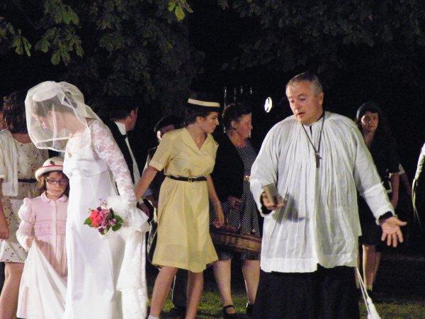 ARTICLE 278 - L'ARRIVEE POUR LE MARIAGE
