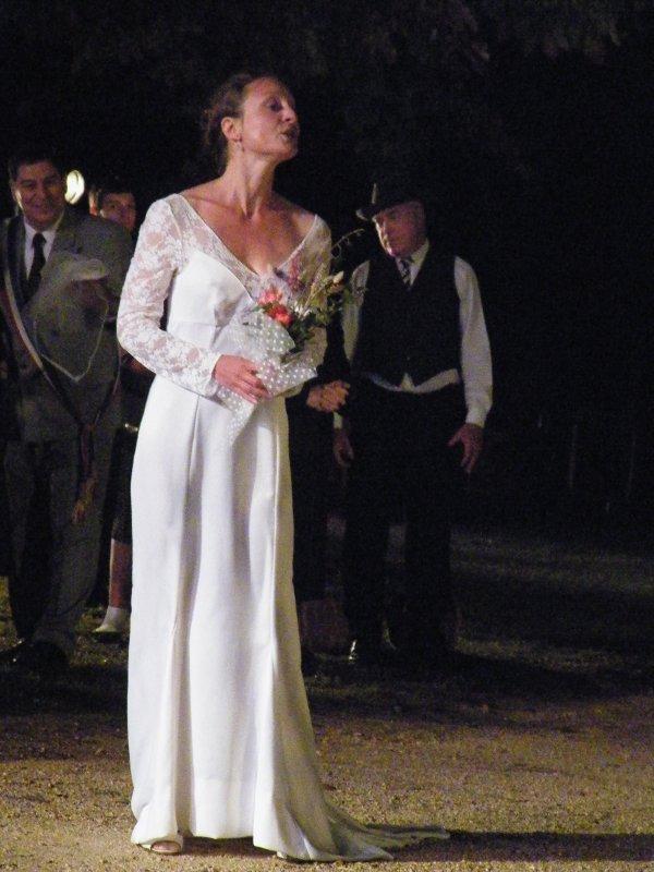 ARTICLE 289 - LE PIQUE-NIQUE APRES MARIAGE- LOUISE CHANTE