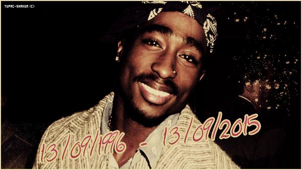 """__ _▪ 13/09/1996 - 13/09/2015 - Cela fait aujourd'hui 19 ans que Tupac Amaru Shakur est décédé ! Ce dimanche 13 septembre, marque le 19ème anniversaire de la mort de Tupac. Mort le 13 septembre 1996 à Las Vegas à 25 ans dans des circonstances dramatiques, le rappeur est depuis devenu une figure emblématique du hip hop West Coast et une légende du rap. Ses fans lui vouent un véritable culte et sa notoriété traverse les époques. Comme chaque année, les hommages n'ont pas manqué. Parmi eux un texte du rappeur Kendrick Lamar. Soit celui qui considère le regretté rappeur comme son mentor, ou son """"père spirituel"""" comme il le dit lui-même. À travers quelques lignes publiées par le site officiel 2pac.com, le rappeur de Compton a tenu à exprimer ses sentiments envers son inspiration : « J'avais 8 ans la première fois que je t'ai vu. Je ne pourrais pas décrire ce que j'ai ressenti à ce moment-là. Tellement d'émotions différentes. Plein d'enthousiasme. Plein de joie et d'excitation. 20 ans plus tard, je comprends exactement quel était ce ressenti j'étais INSPIRÉ. Les gens que tu as touchés ont vu leur vie changer pour toujours. Je me suis dit que je voulais être aussi un guide pour les hommes, un jour. N'importe qui savait que je parlais tout haut pour que tu m'entendes.  Merci. K.L. »    __"""