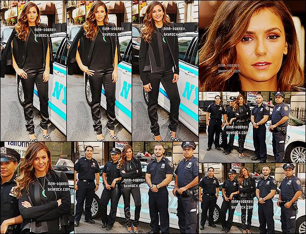 04/08/14 : À l'occasion  de la sortie de  « Let's Be Cops », Nina s'est rendue au poste de police à Midtown Precinct