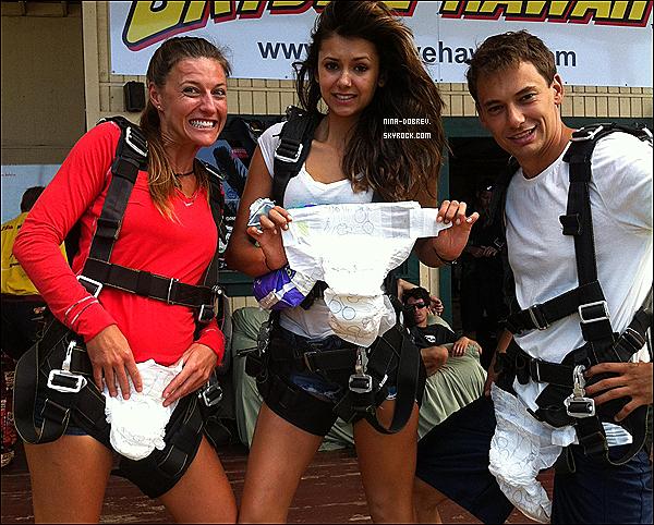 Après le Mexique, miss Dobrev s'est rendue en  Thaïlande  pour passer du bon temps avec des amis.