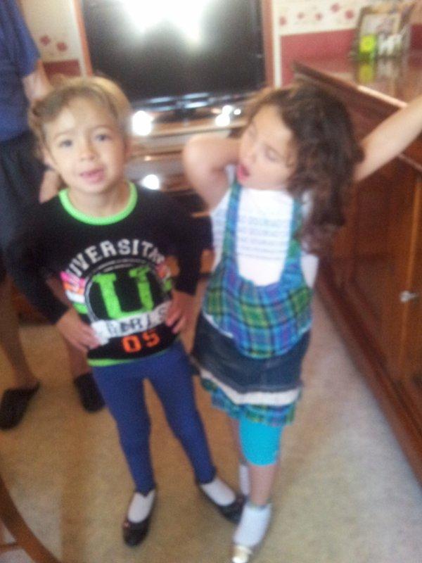 les cousines   mes petites filles ce son mes rayonsde soleil