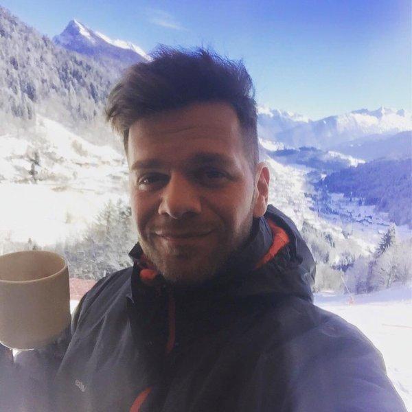 Que les vacances commencent!!! Un petit coucou du ski ?
