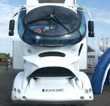 le camion du futur daf avec scania. Black Bedroom Furniture Sets. Home Design Ideas
