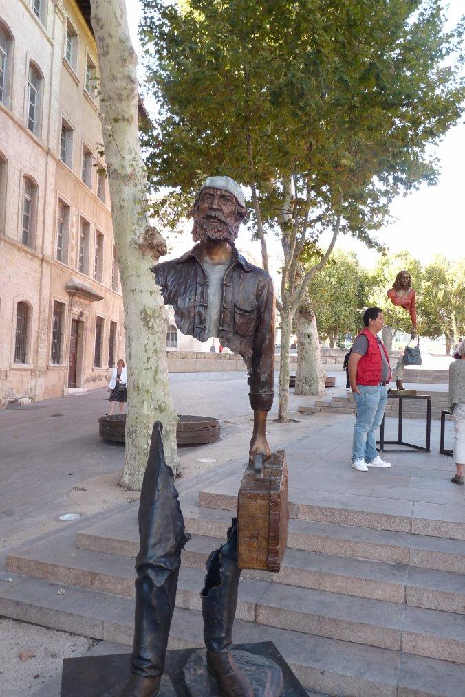 à coté de la mairie de Marseille -Des bronzes originaux ( photos Pierre Paul )